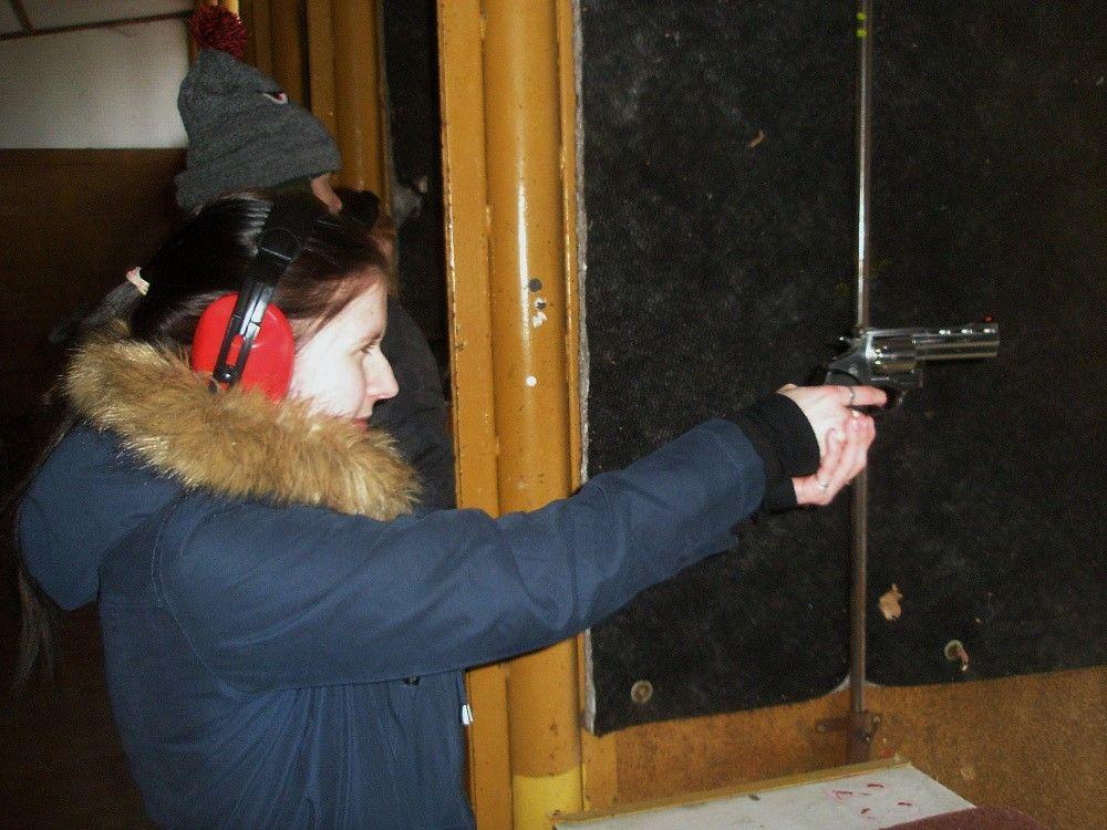 Bezpečáci nastřelnici
